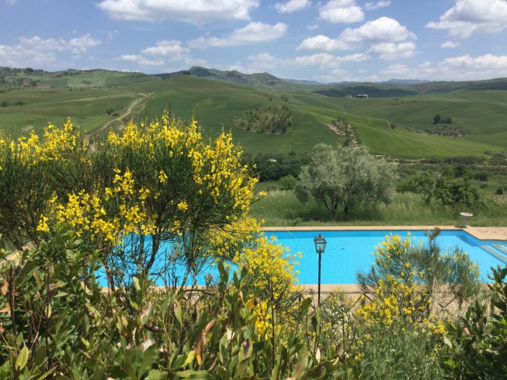 Citaten Pasen Bpjs : Yoga retreat center in sicily & italy meditation centre sicilian